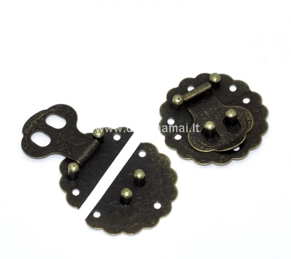 Size: 4x4cm, with fittings